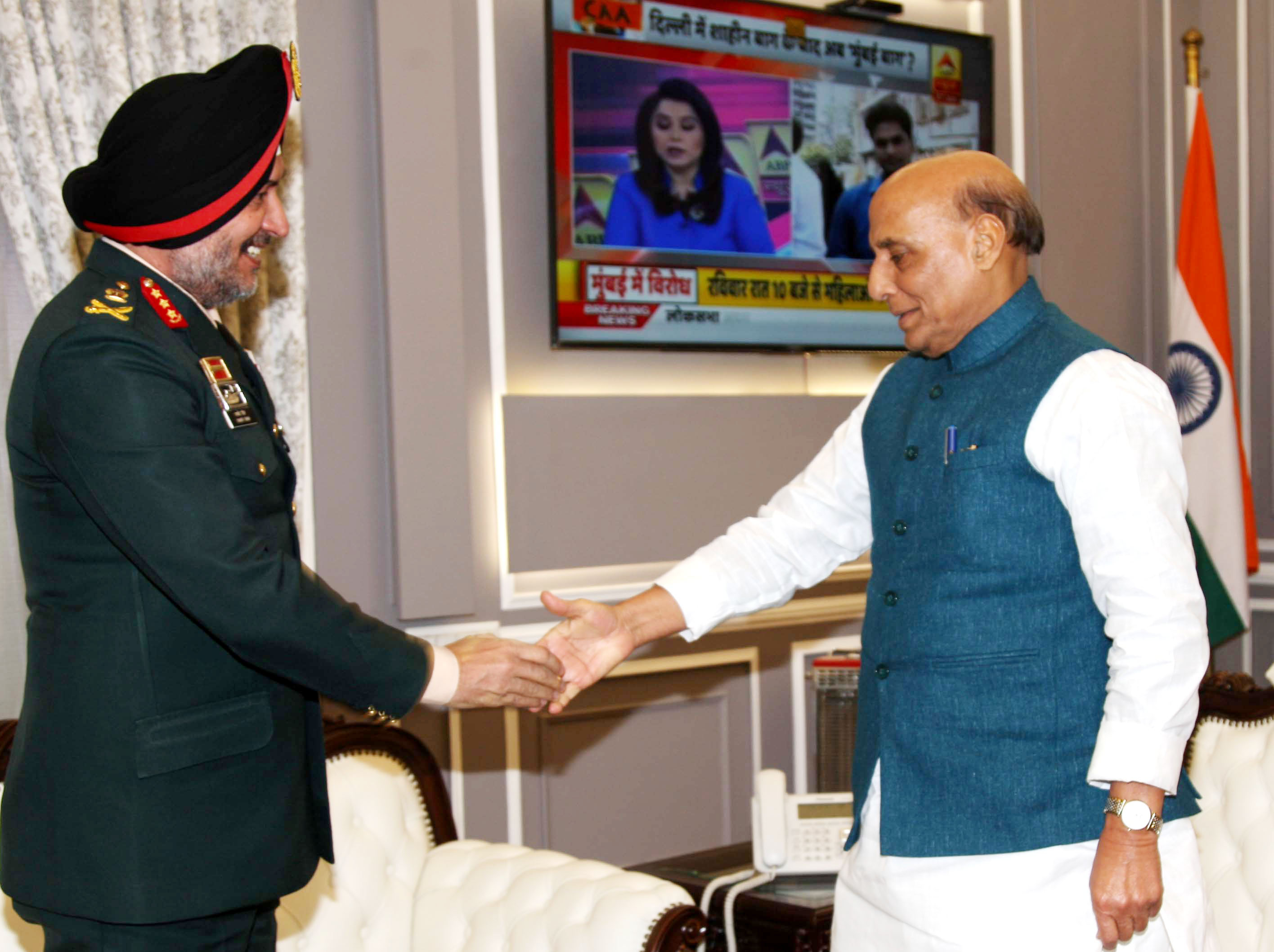 Northern Army Commander calls on Rajnath Singh
