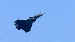 Rafale manufacturer violated offset agreement: CAG