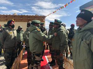 Indian Army chief Gen Naravane visits forward areas in eastern Ladakh, reviews operation situation
