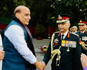 Pangong Tso clash: Army chief Gen Naravane briefs Defence minister Rajnath Singh