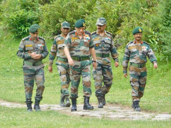 Army Chief reviews operational preparedness of Spear Corps in Dimapur