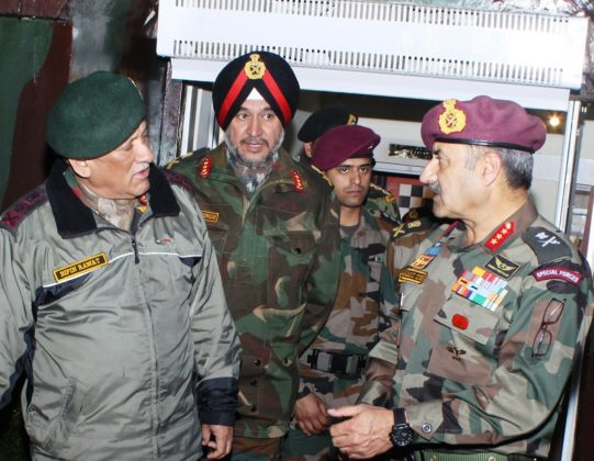Army Chief visits White Knight Corps in Nagrota amidst tension at LoC